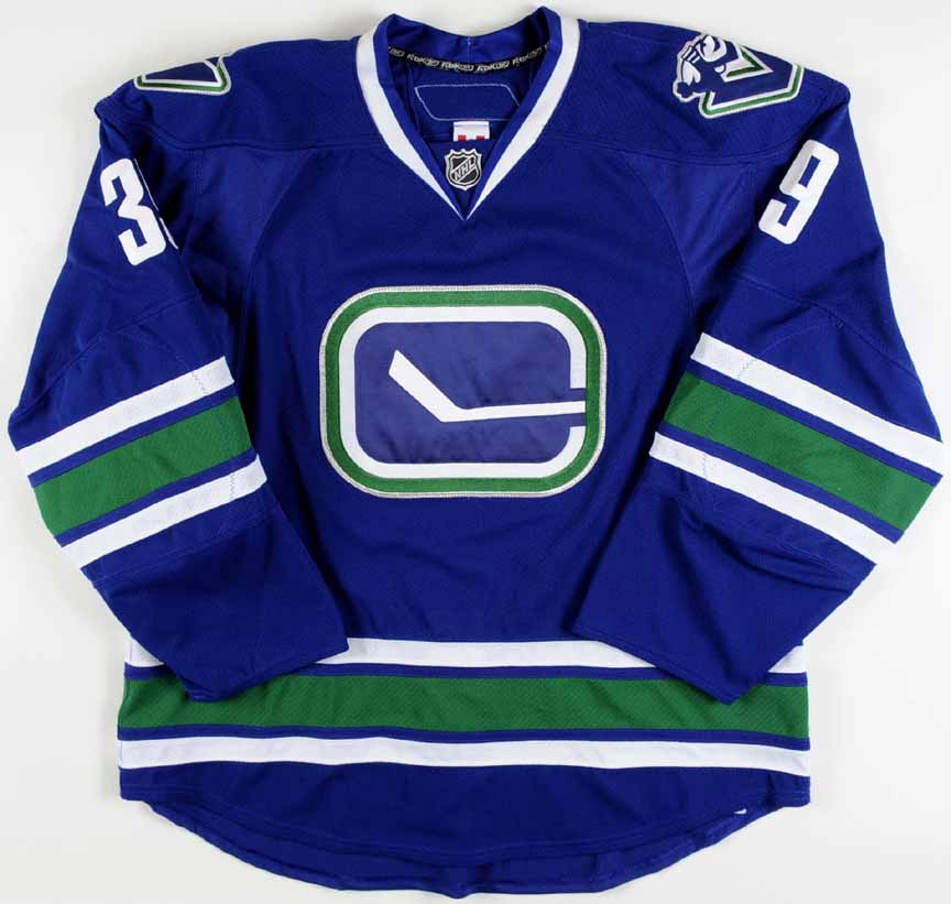 2010-11 Cody Hodgson Vancouver Canucks Game Worn Jersey - Rookie - Team  Letter 14453c4e0ab