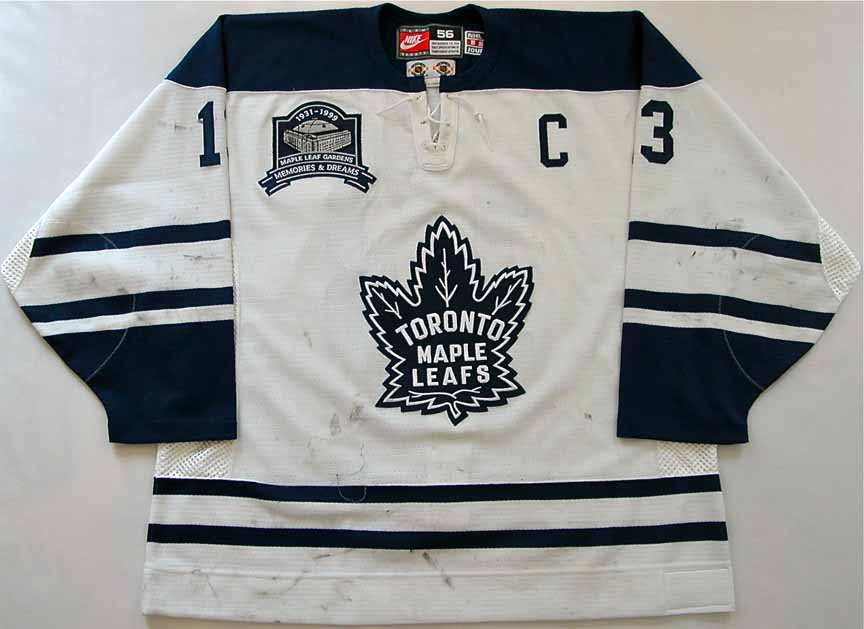 It was brought back once again starting for the 2000-2001 season and one  thing it had was laces around the neck. Since that time the Maple Leafs  like a lot ... a320d6df88f