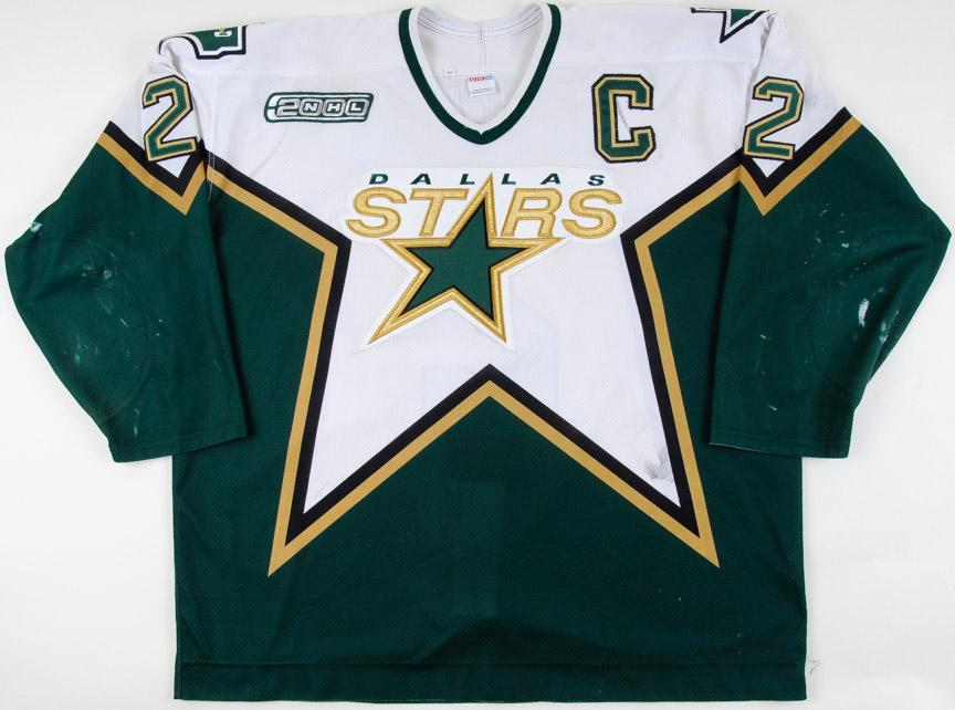 1999-00 Derian Hatcher Dallas Stars Game Worn Jersey - Photo Match – Team  Letter d5ada7c8f