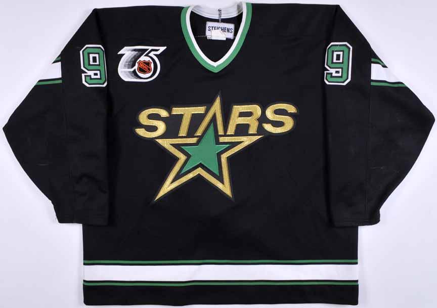 1991-92 Mike Modano Minnesota North Stars Game Worn Jersey ... 90963a2e3e7