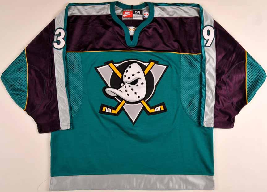 detailed look 25fb6 0be38 1998-99 Travis Green Anaheim Mighty Ducks Game Worn Jersey ...