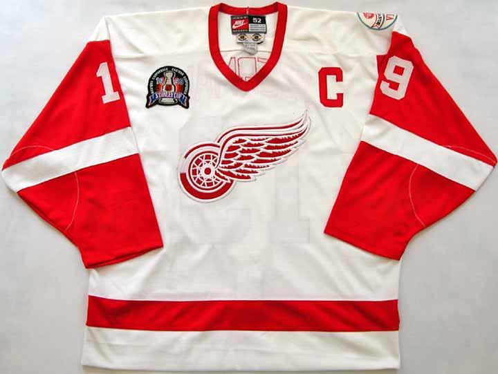 62c66843e0b Steve Yzerman Red Wings Authentic Jersey -