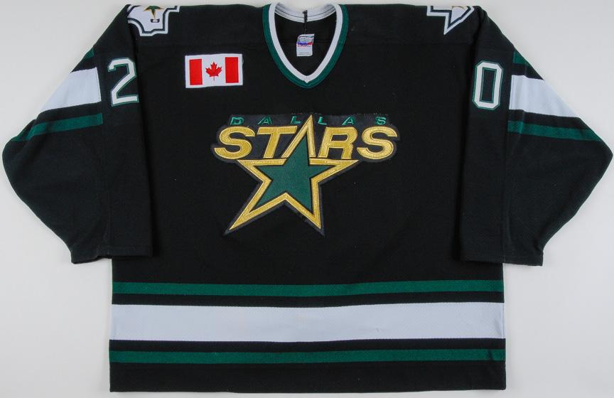 679309257f5a9f 1997-98 Ed Belfour Dallas Stars Game Worn Jersey - Photo Match - The Chris