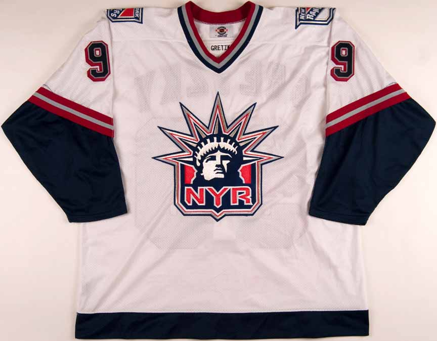 new arrival 7b852 434a7 1998-99 Wayne Gretzky New York Rangers Team Issued Jersey ...