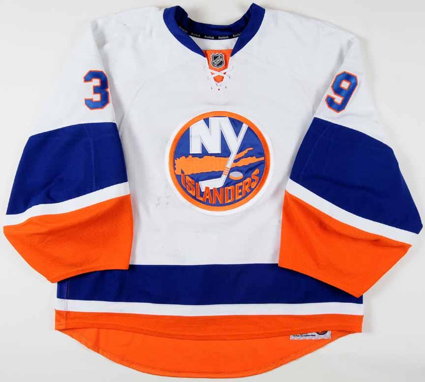2010-11 Rick DiPietro New York Islanders Game Worn Jersey - Photo Match -  Team 84830c88e