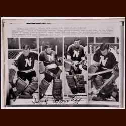 Gump Worsley Minnesota North Stars Autographed Wire Photo - Deceased