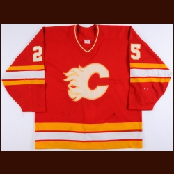 1990-91 Joe Nieuwendyk Calgary Flames Game Worn Jersey – Team Letter