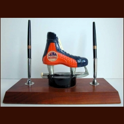 New York Raiders Souvenir Skate & Puck Pen Holder