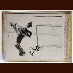 Ken Dryden Montreal Canadiens Autographed Wire Photo