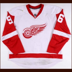 2007-08 Tomas Holmstrom Detroit Red Wings Game Worn Jersey - Stanley Cup Season – Photo Match – Team Letter