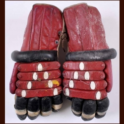 Chicago Black Hawks Red & Black Richardson Game Worn Gloves - Circa 1950's/1960's