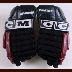Teppo Numminen Phoenix Coyotes Red & Green CCM Game Worn Gloves – Autographed