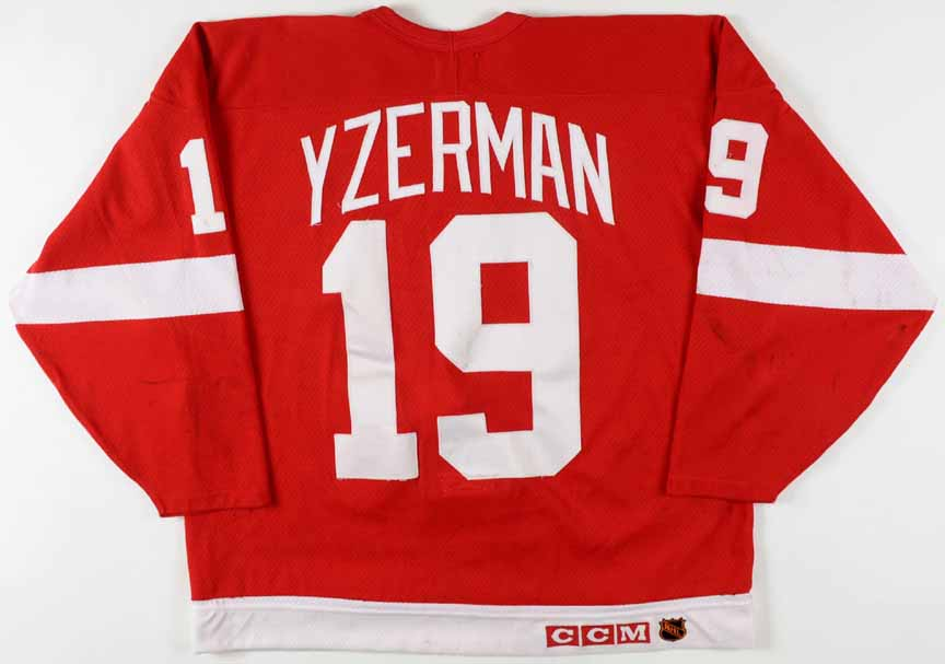 letter for a friend 1993 94 steve yzerman detroit wings worn jersey 22825 | 22825