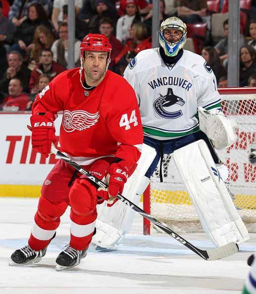 Todd Bertuzzi Detroit Red Wings Black Easton Game Used Stick ...