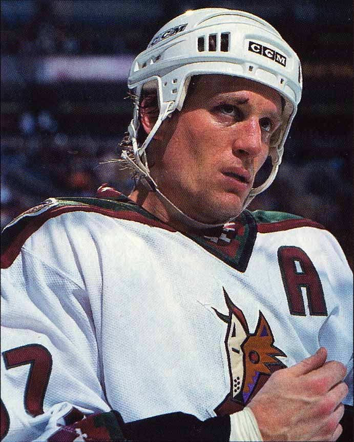 1997-98 Jeremy Roenick Phoenix Coyotes Game Worn Jersey - Photo ... b06c63d85