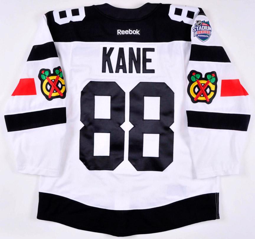 dd03e39d17f 2015-16 Patrick Kane Chicago Blackhawks Stadium Series Game Worn ...