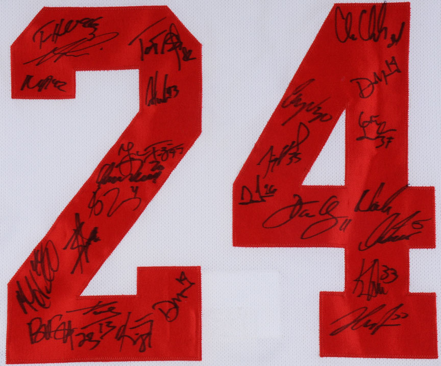 reputable site 7d819 e66b8 Chris Chelios 2008 Detroit Red Wings Team Signed Jersey ...