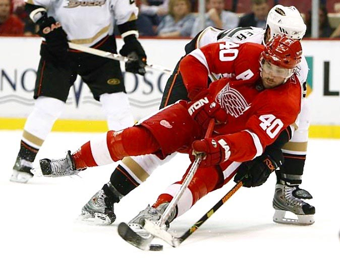 2007-08 Henrik Zetterberg Detroit Red Wings Game Worn