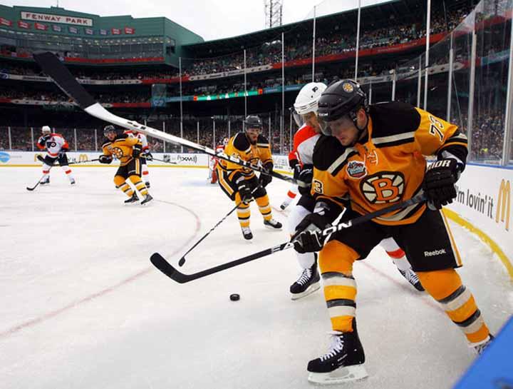 2009-10 Michael Ryder Boston Bruins Winter Classic Game Worn Jersey ... 48187b0ac