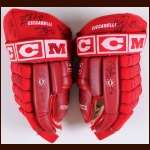 Dino Ciccarelli Detroit Red Wings Team Signed Gloves