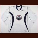 2006-07 Jason Smith Edmonton Oilers Practice Worn Jersey – Team Letter