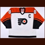 1997-98 Eric Lindros Philadelphia Flyers Game Worn Jersey - Photo Match