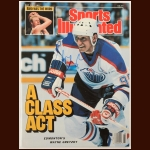Wayne Gretzky Edmonton Oilers Autographed Sports Illustrated – May 30, 1988 – SGC COA