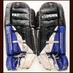 1995-96 Stephane Fiset Colorado Avalanche Black Vaughn Game Used Pads - Stanley Cup Season - Photo Match
