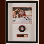 Gordie Howe Detroit Red Wings Autographed Matted & Framed Display – Deceased