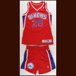 1994-95 Jeff Malone Philadelphia 76ers Game Worn Jersey & Shorts