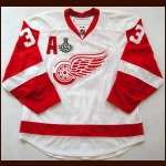 "2008-09 Kris Draper Red Wings Game Worn Jersey - ""2009 Stanley Cup Finals"" -  Photo Match - Team Letter"