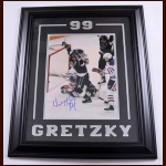 Wayne Gretzky Los Angeles Kings Autographed Photo – Matted and Framed