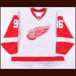 2010-11 Tomas Holmstrom Detroit Red Wings Game Worn Jersey - Photo Match – Team Letter