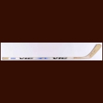 Ziggy Palffy Los Angeles Kings White Vic Game Used Stick – Autographed