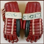 Randy Pierce New Jersey Devils Red CCM Game Worn Gloves – Devils Inaugural Season