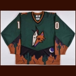 1998-99 Oleg Tverdovsky Phoenix Coyotes Game Worn Jersey – Alternate