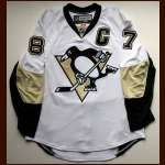 Sidney Crosby Pittsburgh Penguins Authentic Autographed Jersey - Frameworth COA