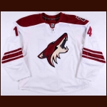 2009-11 Taylor Pyatt Phoenix Coyotes Game Worn Jersey - Photo Match – Team Letter